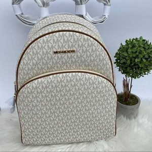 NEW MK LARGE ABBEY BACKPACK